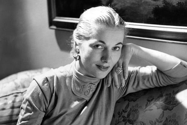 Joan Fontaine at home