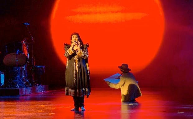 After All These Years Is Bush >> Kate Bush Hammersmith Apollo Review Still Crazy After All These
