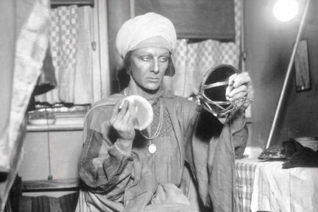 John Gielgud prepares to play Prospero in the Old Vic's production of The Tempest in 1930