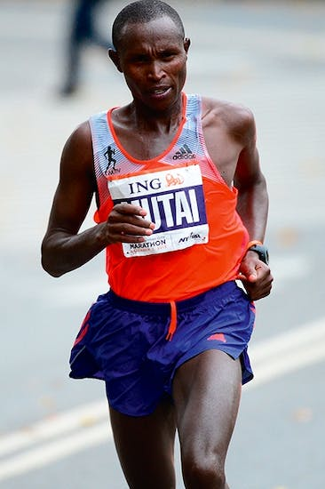 Geoffrey Mutai leads the New York City marathon in November 2013