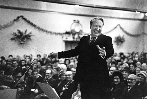 Edward Heath conducting the annual carol concert at the Grand Ballroom, Broadstairs, Kent in 1963. (Photo: Erich Auerbach/Hulton Archive/Getty)