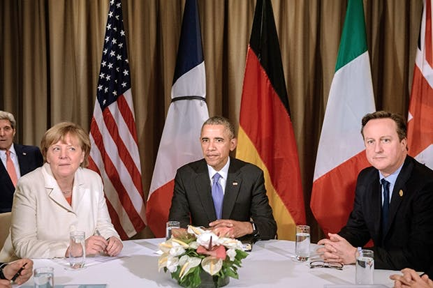 Angela Merkel, Barack Obama and David Cameron attend a meeting during the G20 Summit in Antalya, on November 16, 2015 (Photo: Getty)