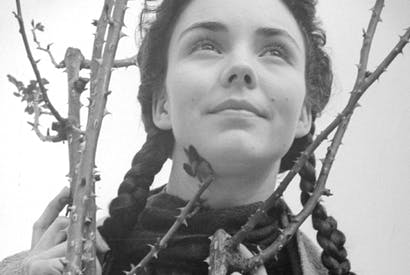Jennifer Jones in her first starring role as Bernadette Soubirous