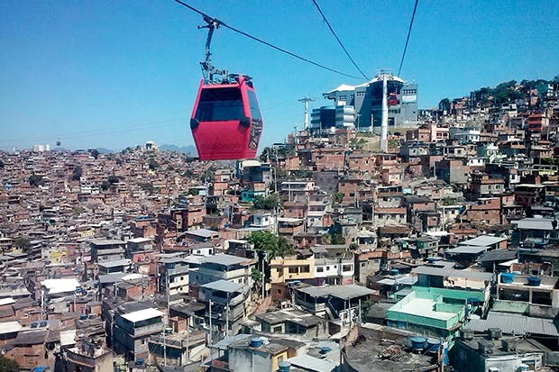 Cabbies' enemy: a cable car across the favela