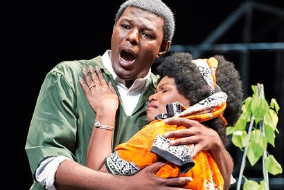 Vocal authority: Mandla Mndebele as Mandela and Siphamandla Yakupa as Winnie in 'Mandela Trilogy'