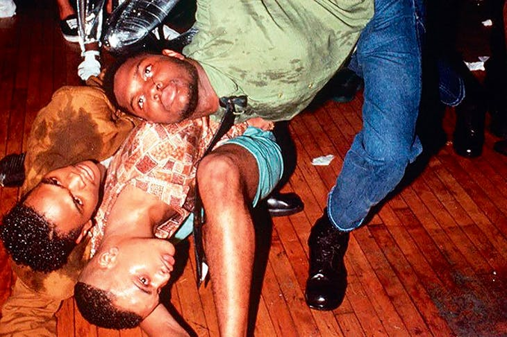 They like to move it: voguing at Club a la Mode, New York, 1998