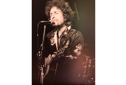 A previously unpublished photograph of Dylan in 1981