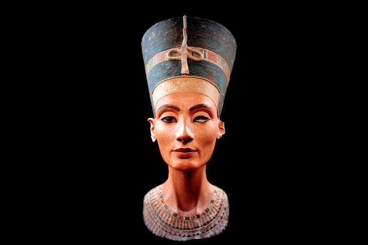 nefertiti.jpg?auto=compress,enhance,format&crop=faces,entropy,edges&fit=crop&w=820&h=550