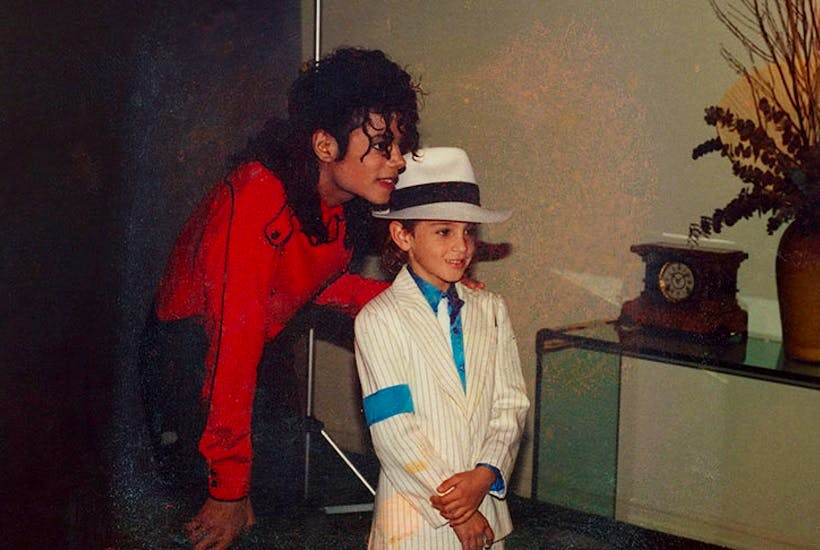 87140270d5d4e It s shocking how many Michael Jackson fans are still determined to take  his side