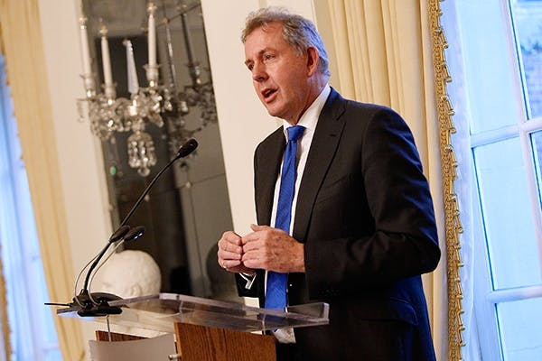 Kim Darroch speaks at the British Embassy in Washington to mark Donald Trump's inaugura-tion (Getty)
