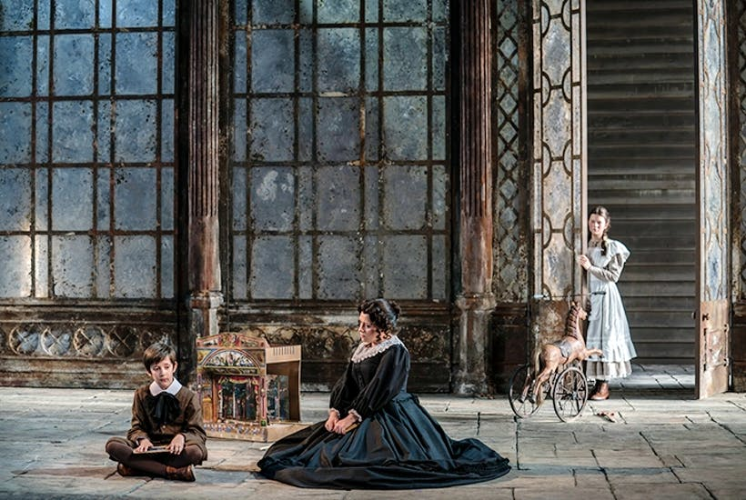 Deft, elegant and genuinely chilling: Garsington's Turn of the Screw reviewed | The Spectator