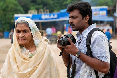 Grandma (Farrukh Jaffar) and grandson (Nawazuddin Siddiqui) in Photograph by Ritesh Batra
